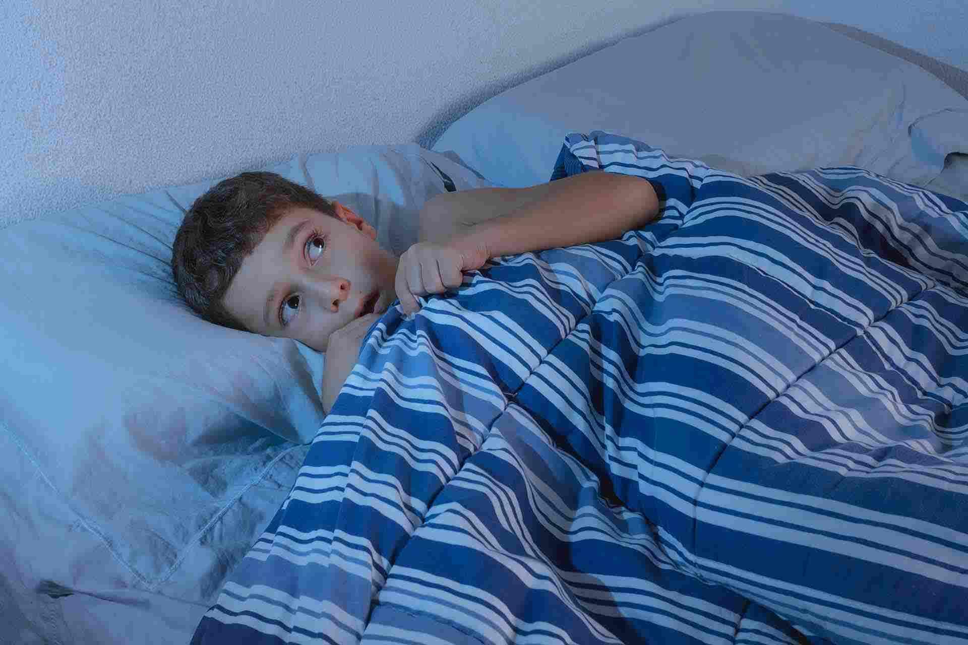 کاهش و درمان ترس از تاریکی کودکان