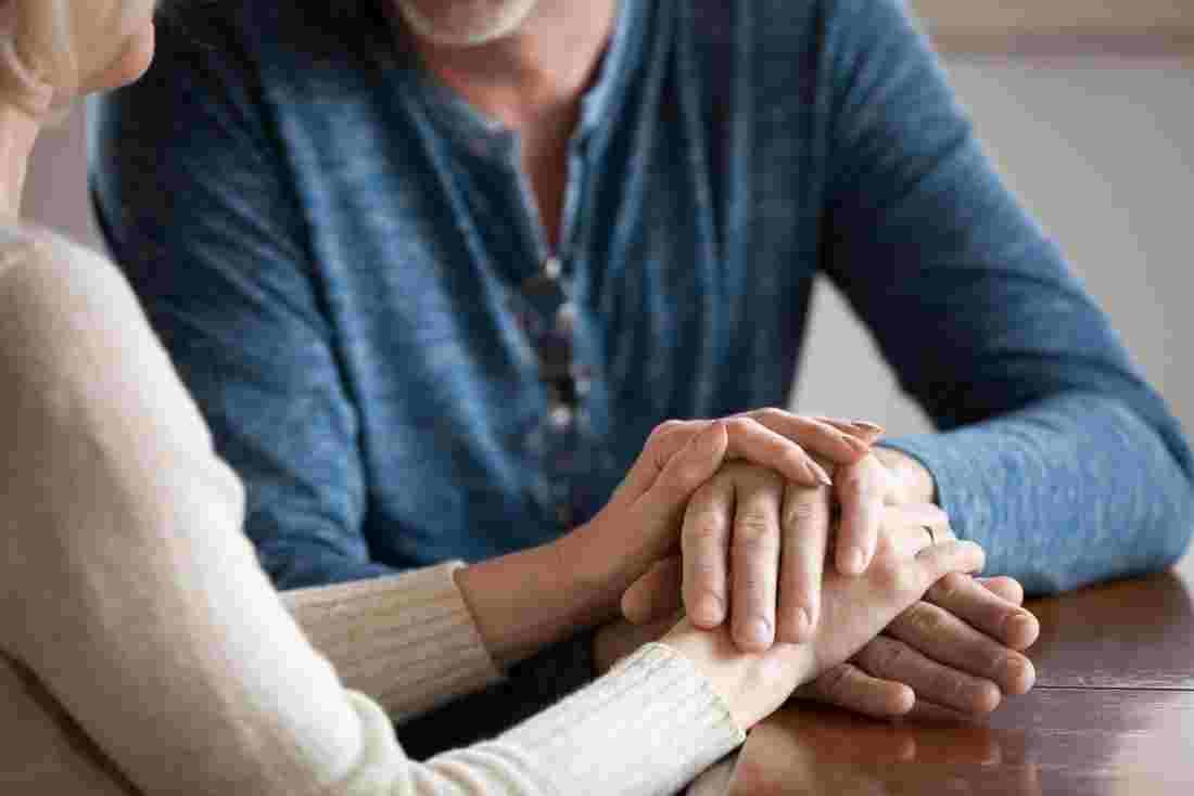 کمک به دوست و همسر افسرده چگونه ممکن است؟