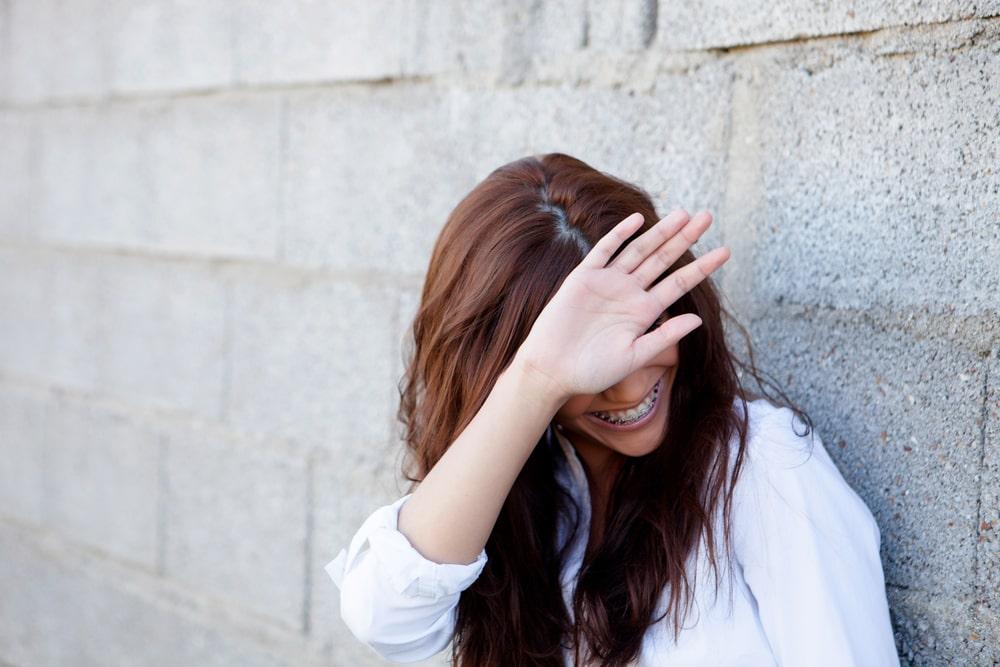 خجالت و کمرویی نباید با درونگرایی اشتباه گرفته شود