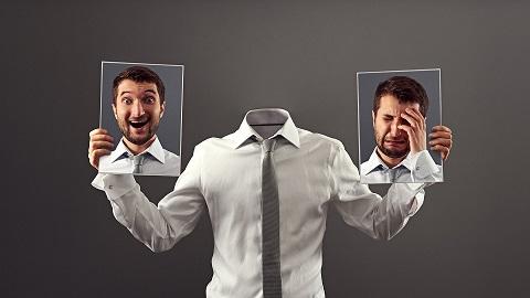 درمان ترس از خندیدن و احساس گناه از شادی کردن