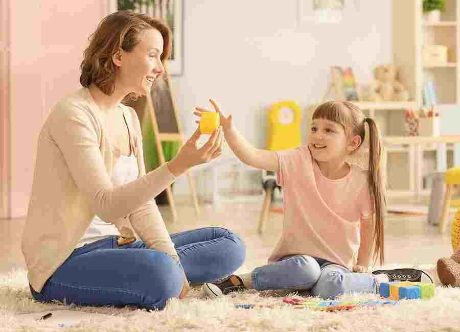 محافظت از کودکی که مورد قلدری قرار گفته با بازی درمانی